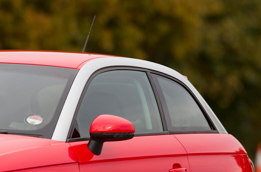 Audi A1 roof line