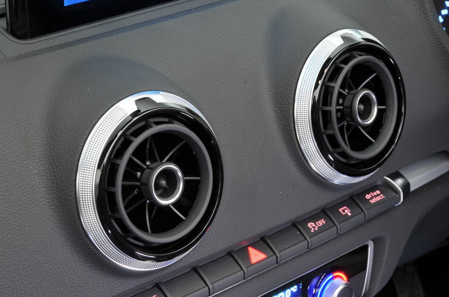 Audi A3 Cabriolet air vents