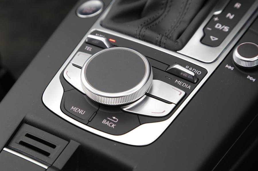 Audi A3 e-tron infotainment controls