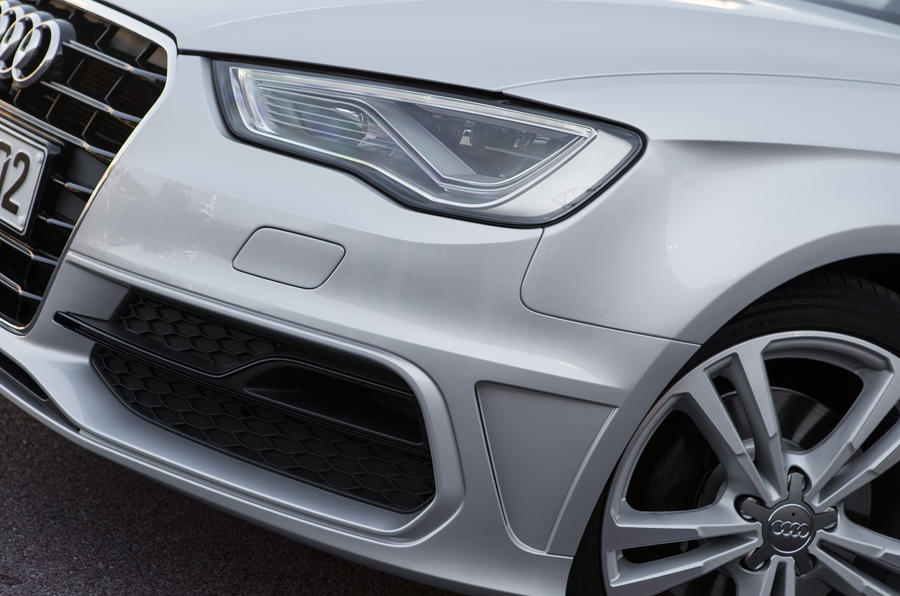 Audi A3 Sportback front air intake