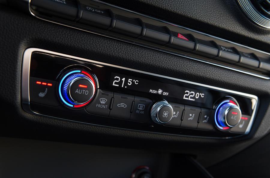 Audi A3 Sportback climate controls