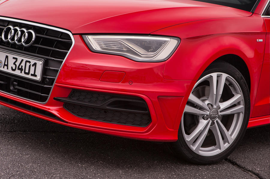 Audi A3 Sportback headlights