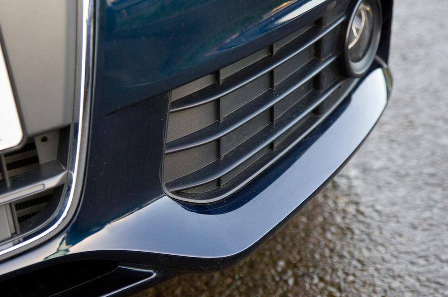 Audi A4's lower lip spoiler
