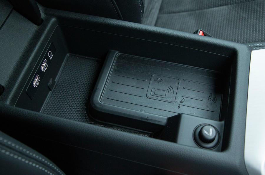 Audi A4 wireless charging port