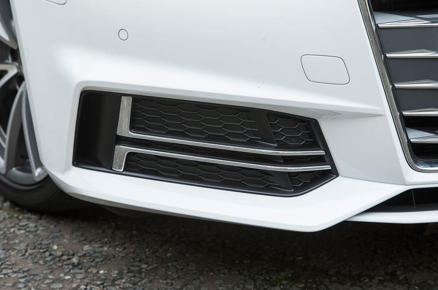 Audi A4 front air intake