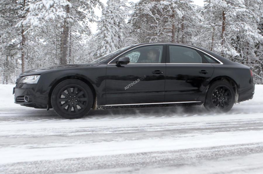 Audi S8 - first spy pics