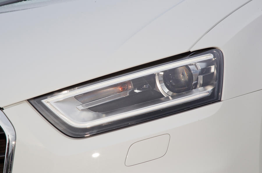 Audi Q3's lateral LEDs