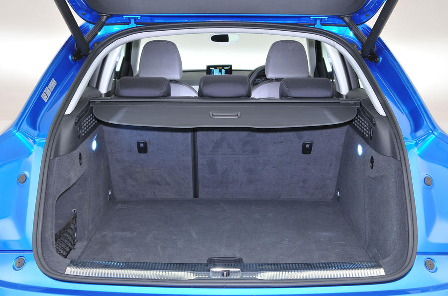 q3 boot space