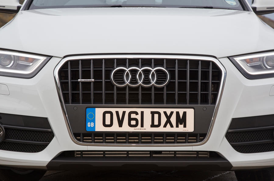 Audi Q3's front air intakes