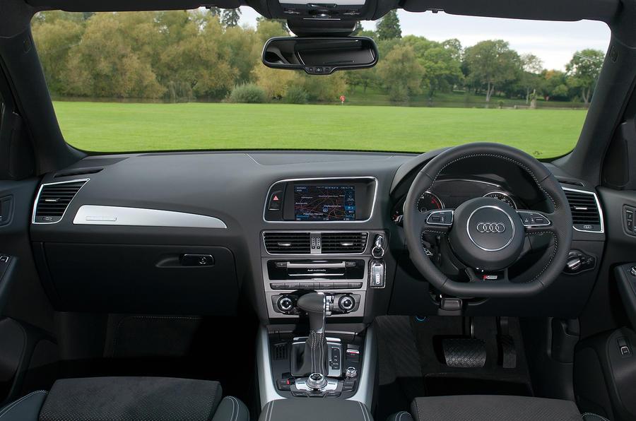 Audi Q5 dashboard