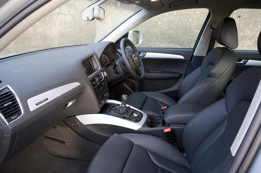 Audi Q5's front seats