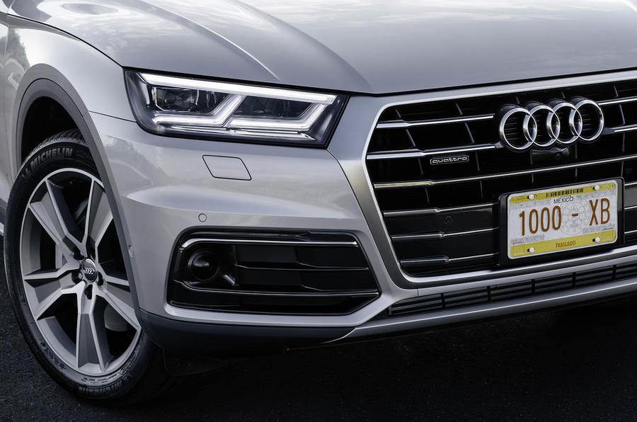 Audi Q5 LED headlights