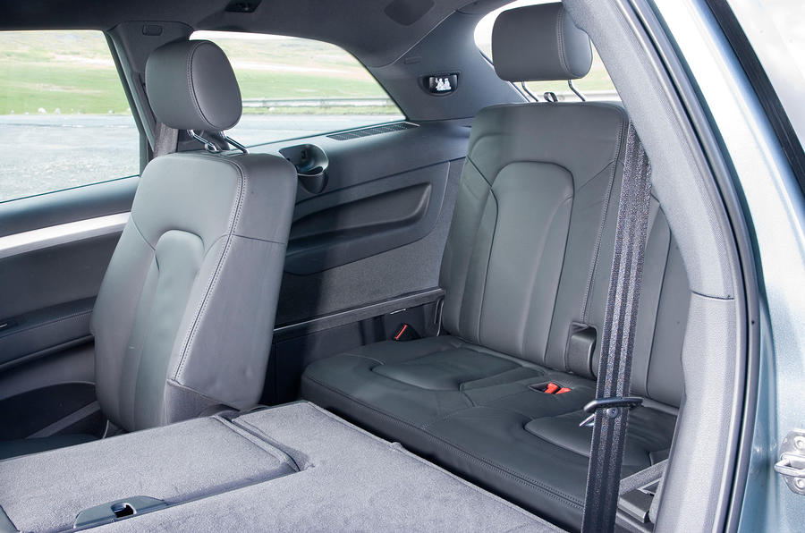 Audi Q7's third row seats