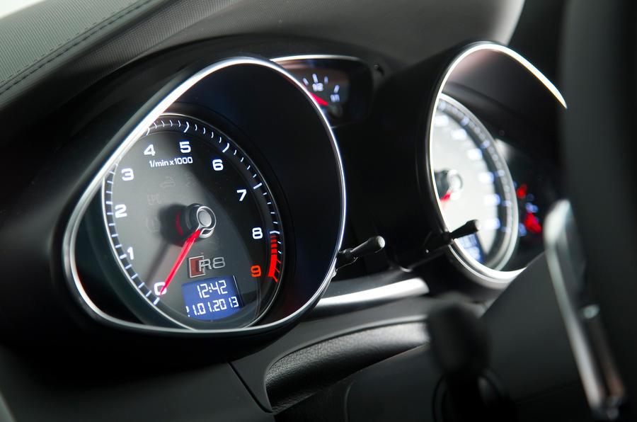 Audi R8 instrument cluster