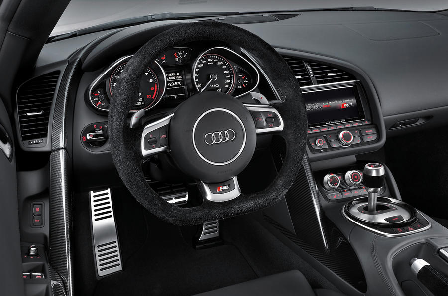 audi r8 v8 s tronic review autocar. Black Bedroom Furniture Sets. Home Design Ideas