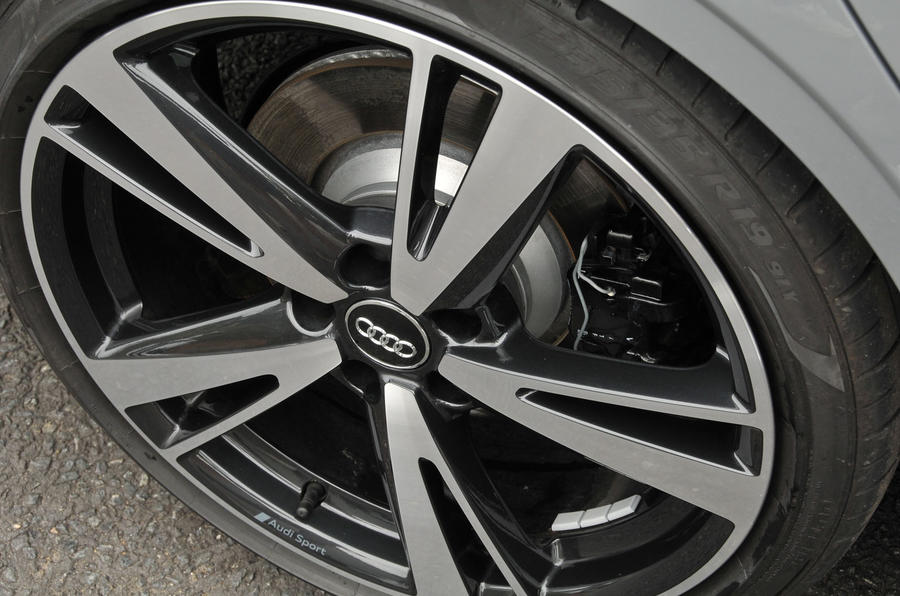 19in Audi RS3 alloy wheels