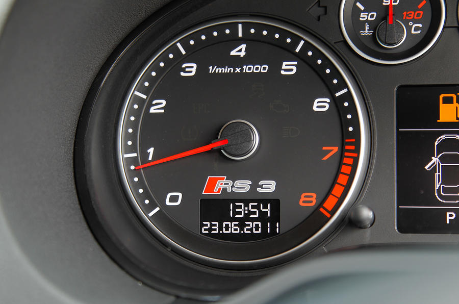 Audi RS3's speedo