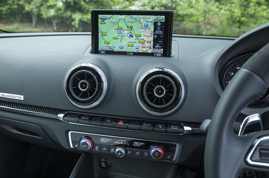 Audi RS3 Sportback MMI infotainment system