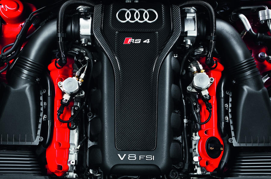 4.2-litre V8 Audi RS4 engine