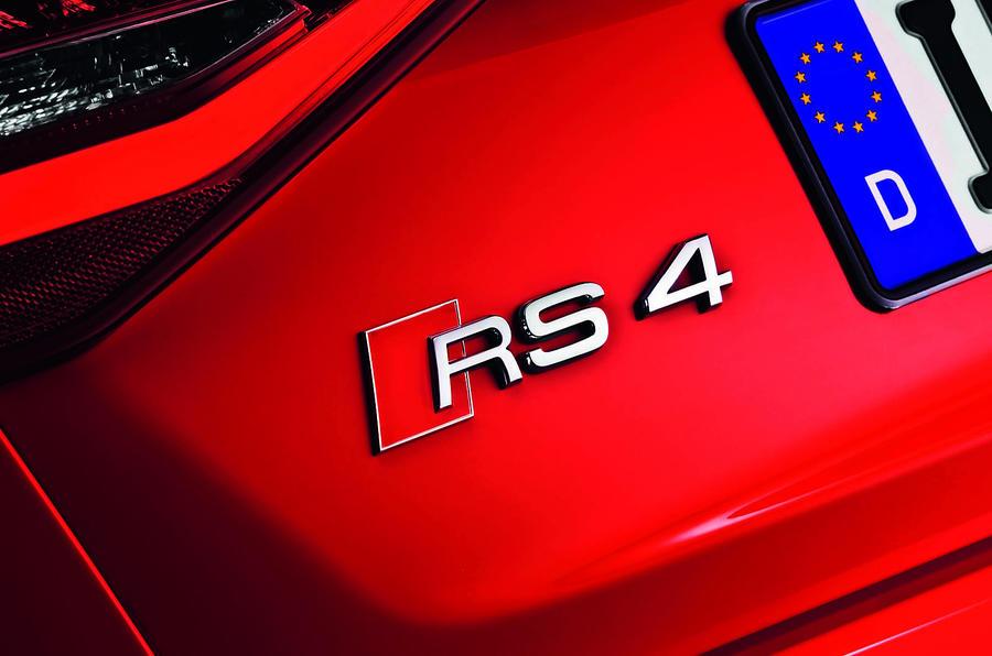 Audi RS4 badging