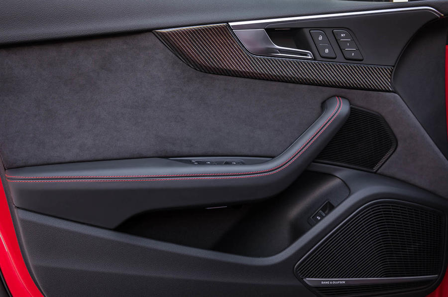 Audi RS4 Avant door cards