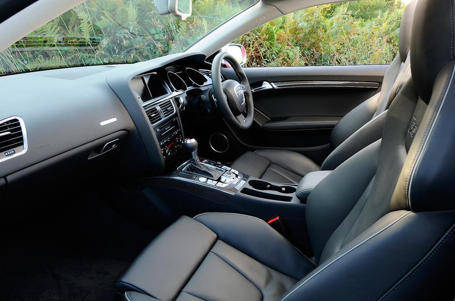 Audi RS5's front seats