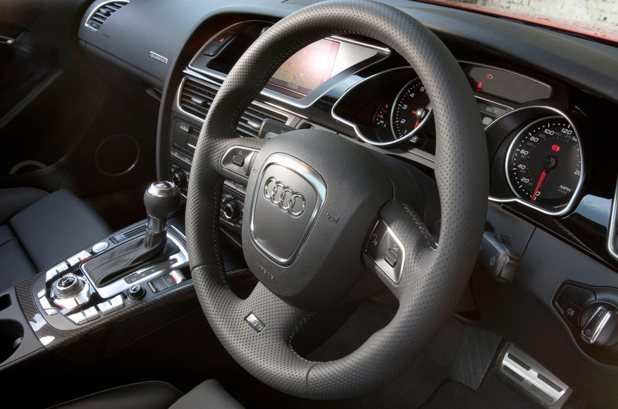 Audi RS5 dashboard