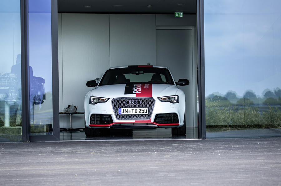 Audi RS5 V6 TDI-e prototype front end