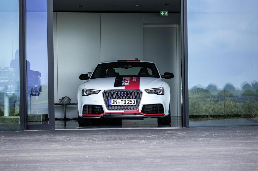 Audi RS5 V6 TDI-e prototype front end