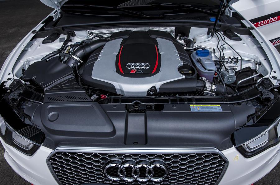3.0-litre V6 Audi RS5 V6 TDI-e engine