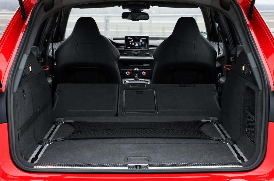 Audi RS6 Avant boot space