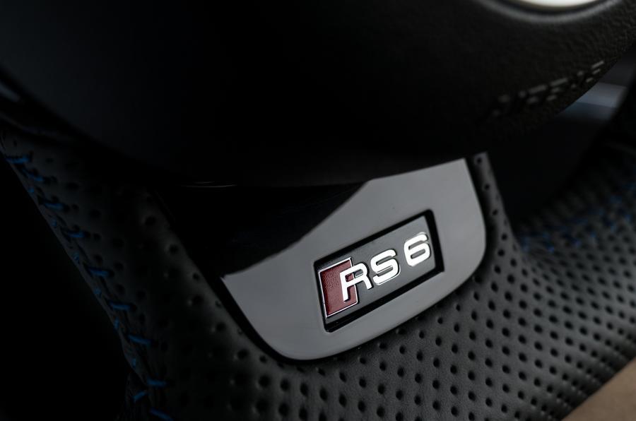 Audi RS6 badging