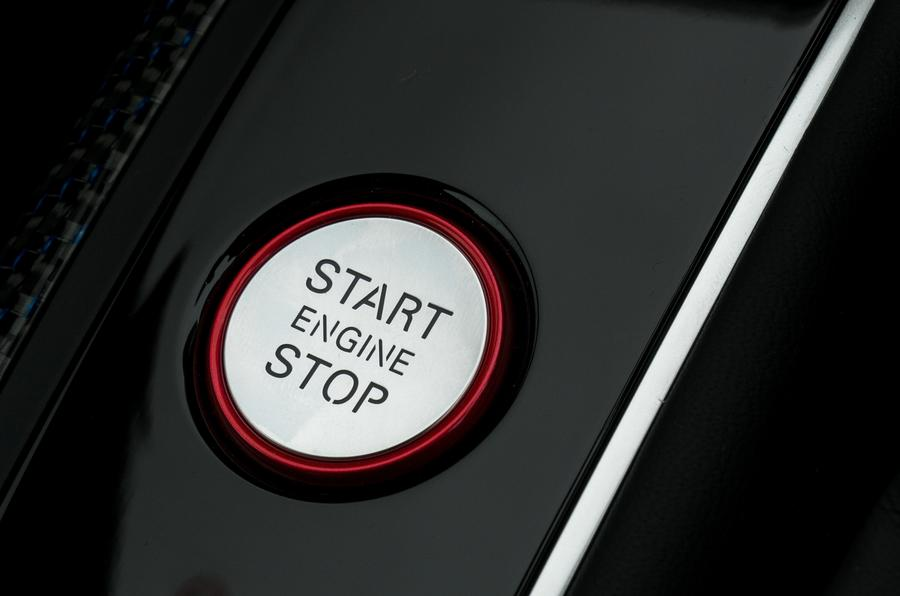 Audi RS6 ignition button