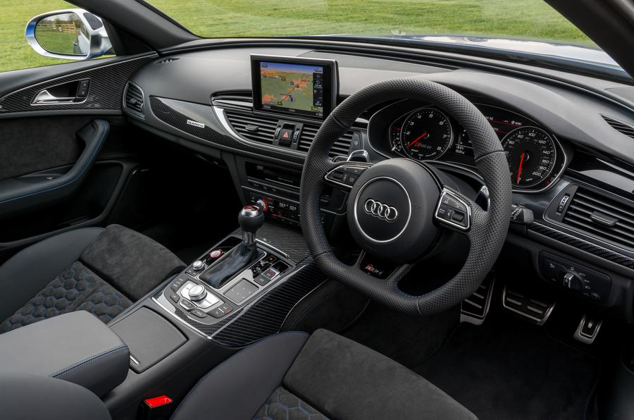 Audi RS6 dashboard
