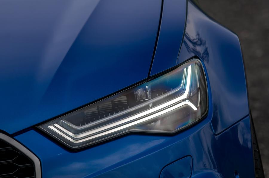 Audi RS6 LED headlights