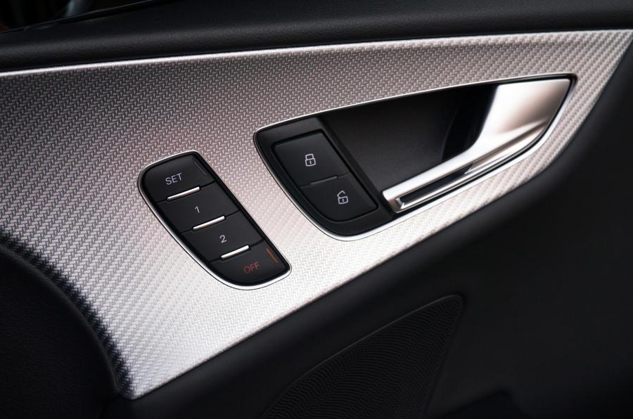 Audi RS7's door cards