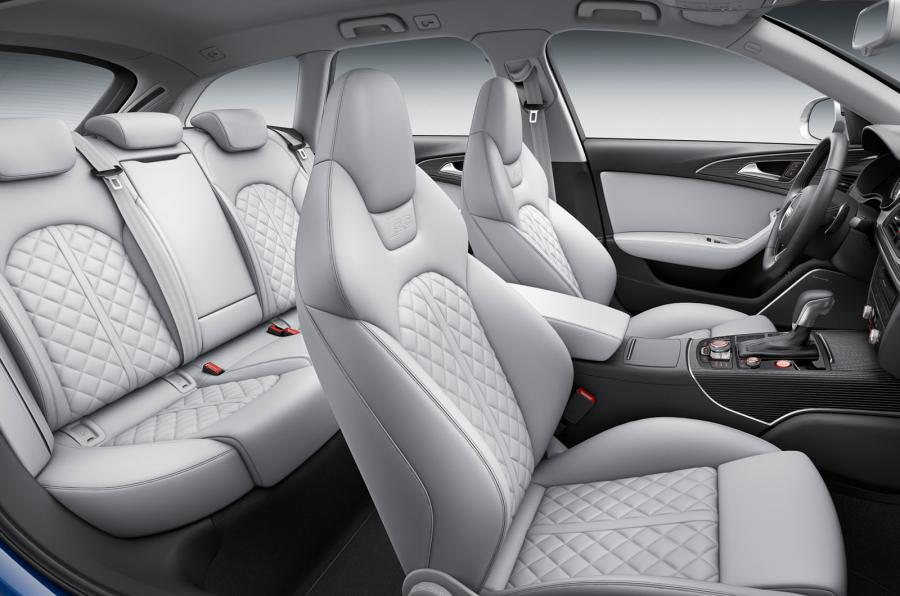 Audi S6 Avant's rear seats