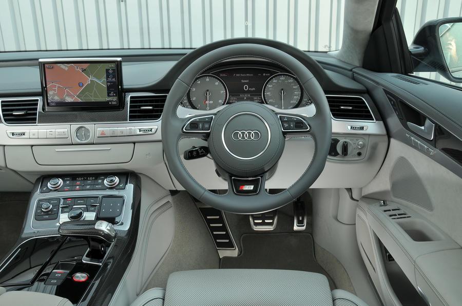 Audi S8 dashboard