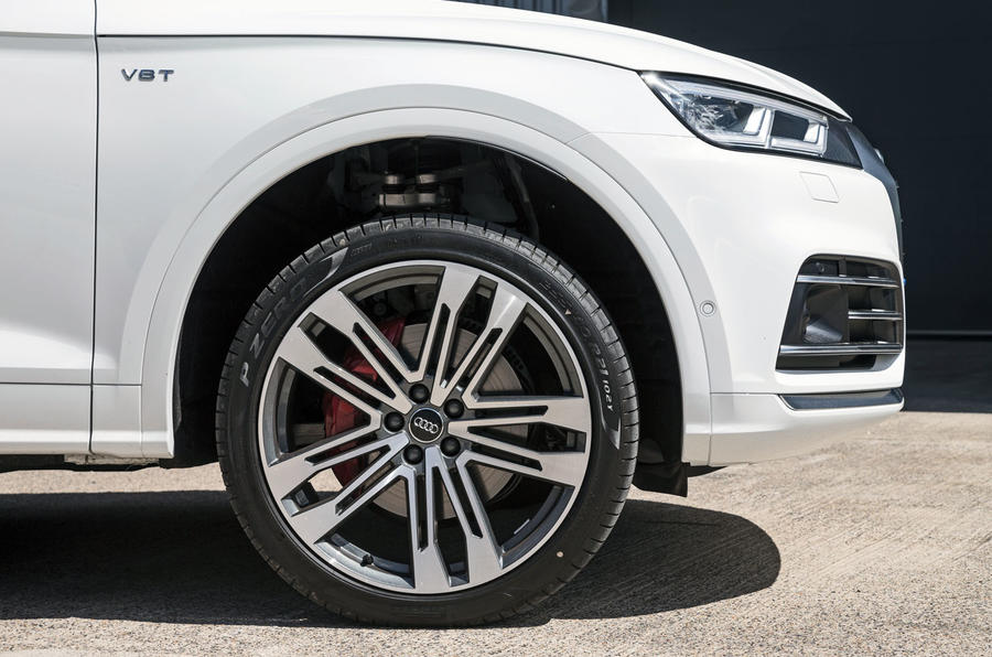 Audi SQ5 alloy wheels