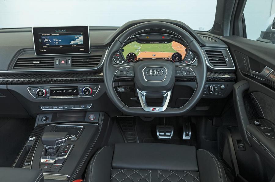 Audi SQ5 dashboard