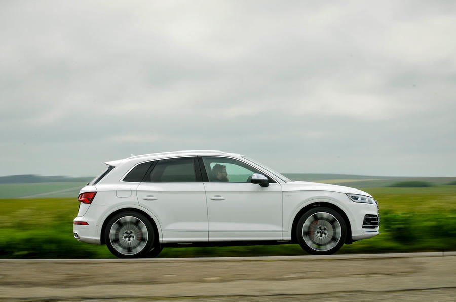 Audi SQ5 side profile