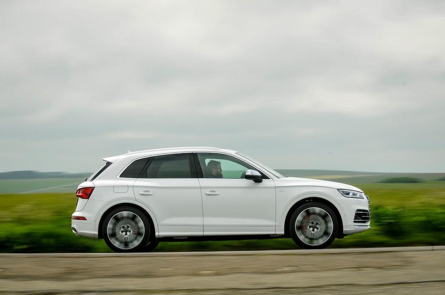 Audi SQ5 side profile