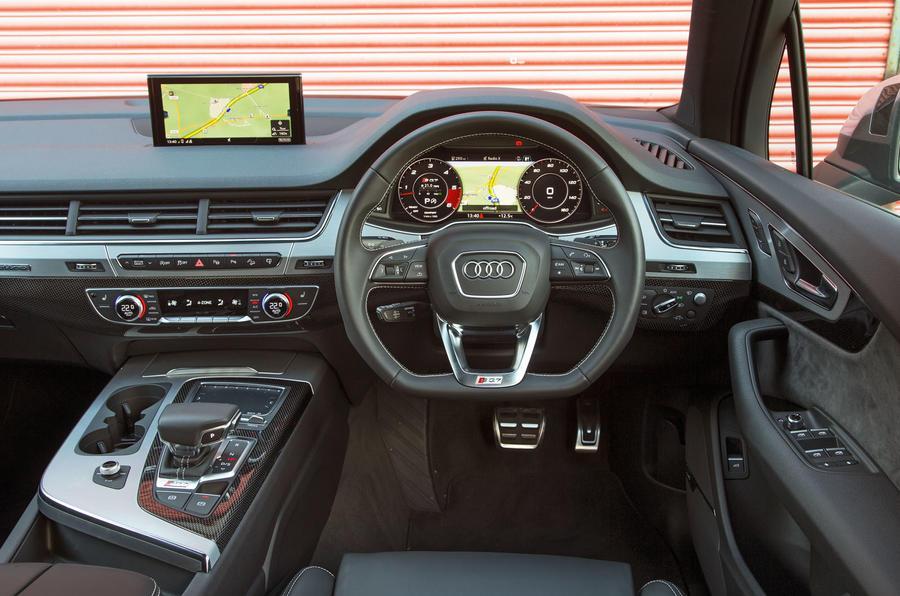 Audi SQ7 dashboard
