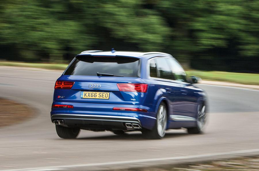 Audi SQ7 rear cornering