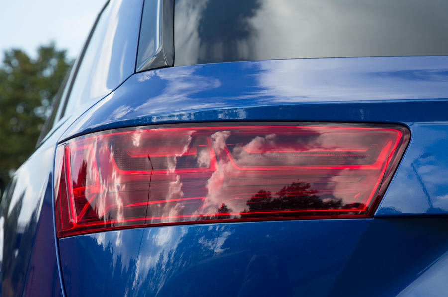 Audi SQ7 rear lights