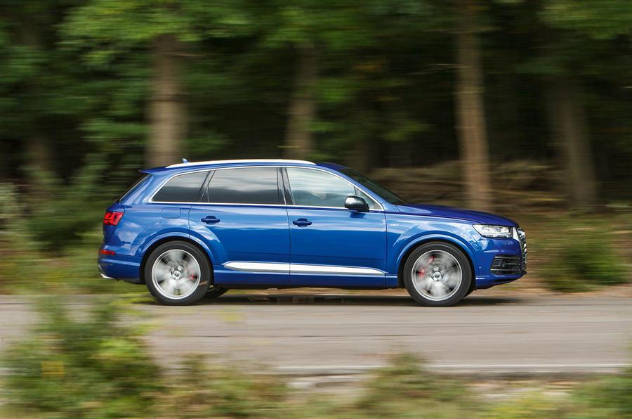 Audi SQ7 side profile