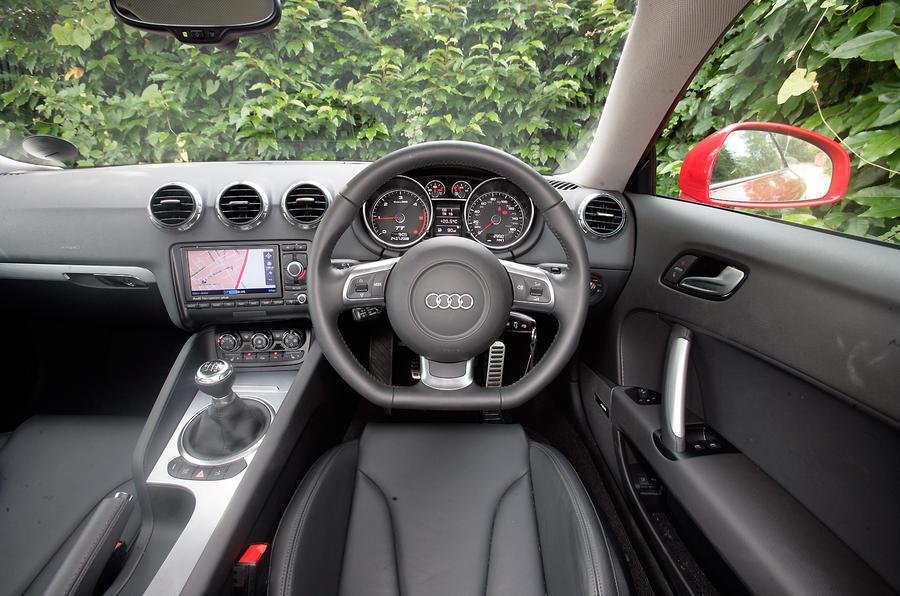 Audi Tt 2006 2014 Interior Autocar