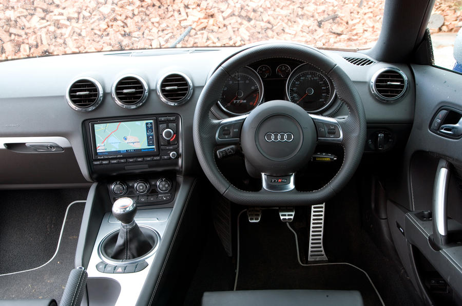 Audi TT RS's dashboard