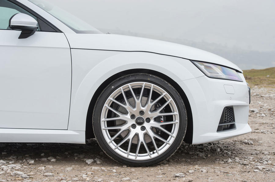 19in Audi TTS alloy wheels