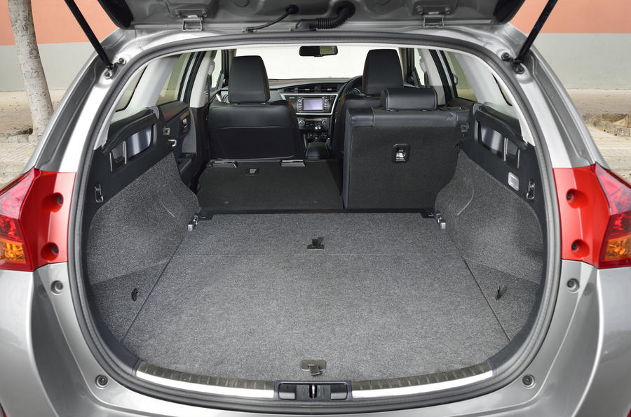 Toyota Auris Touring Sports seating flexibility